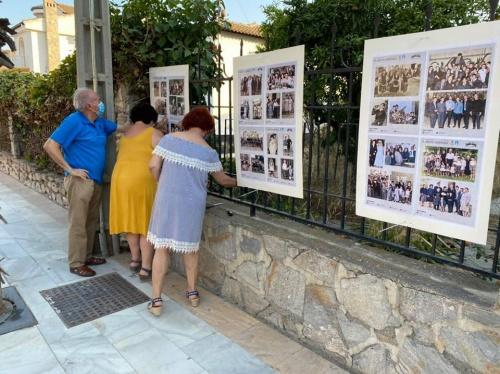 Guadalinfo de Cantoria expone 240 fotografías antiguas coloreadas