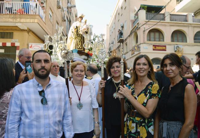 El Ayuntamiento acompaña a la Virgen del Carmen de Pescadería