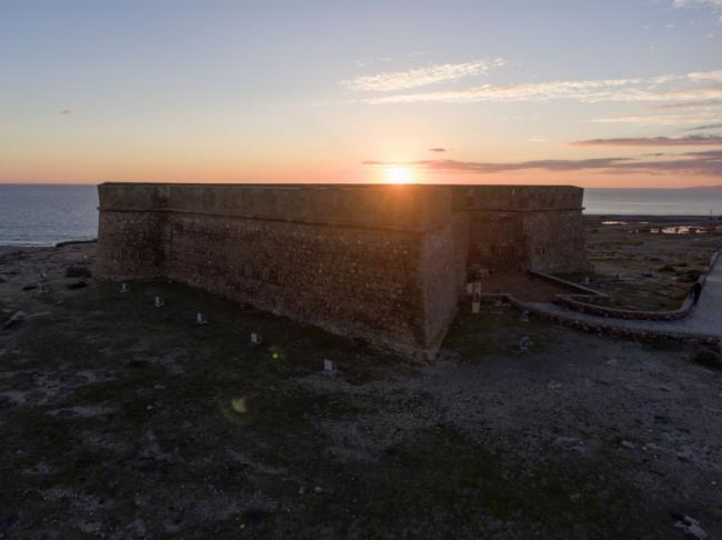 El Ejido se suma a 'La hora del Planeta' apagando el Castillo de Guardias Viejas