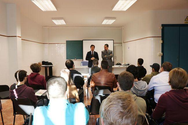 Ayudas a la contratación de jóvenes desempleados de EOI y Ayuntamiento de El Ejido
