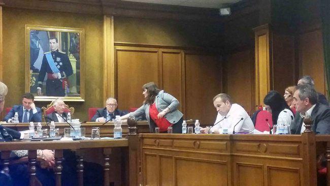 Los socialistas se quedan sin apoyos en la Diputación para sus mociones