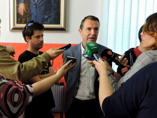El PSOE hace pública una nueva investigación de la Fiscalía en el Ayuntamiento de Almería