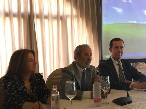 Más de 1.300 personas han solicitado atención por adicciones en Almería en 2017