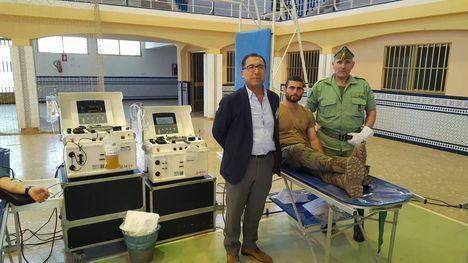 El Centro de Transfusiones acude a la Base Militar de Viator