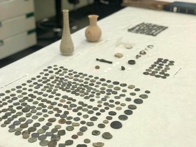 El museo de Almería catalogará las más de mil piezas arqueológicas incautadas por la Policía Autonómica