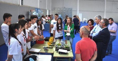 El Pabellón deportivo de Albox acoge la I Muestra de Buenas Prácticas Educativas científico-tecnológicas