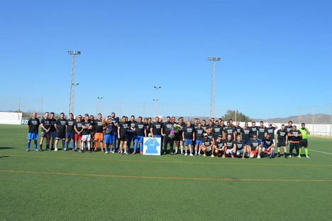 El mundo del fútbol rinde un emocionado homenaje póstumo a Juan Rey