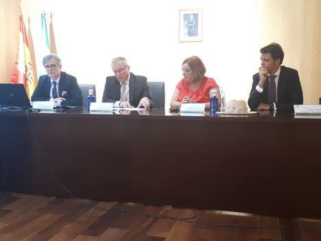 El vocal del CGPJ Juan Martínez Moya habla sobre la nueva Oficina Judicial en Andalucía