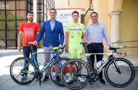 El ciclista almeriense Antonio Barbero aspira a ganar la contrarreloj del Campeonato de España Sub 23