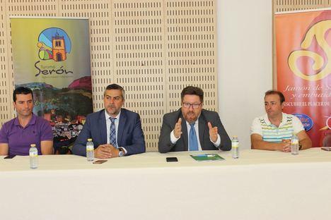 Agricultura concede 285.000 euros a dos empresas de jamón de Serón