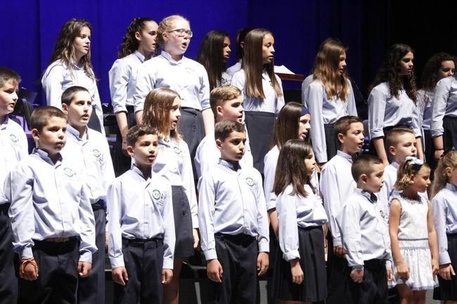El Coro Pedro Mena y la Orquesta Infantil de Almería actuaron en Adra