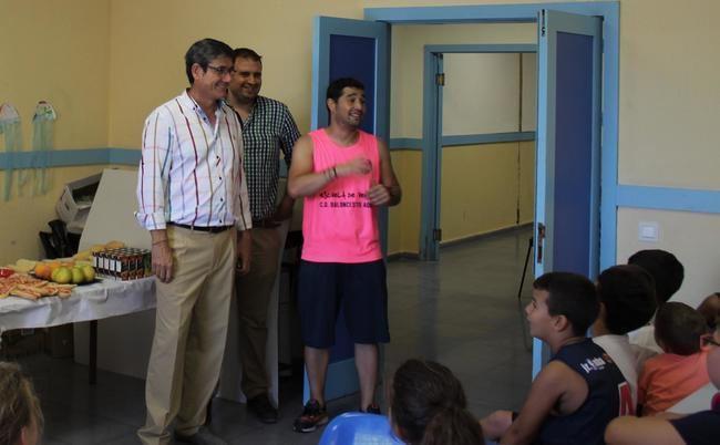 Cientos de niños y niñas participarán en la Escuela de Verano de Baloncesto