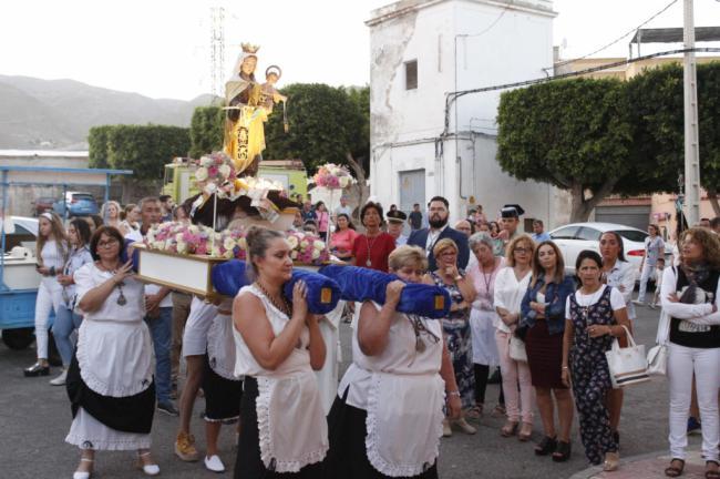 El barrio de las 80 viviendas de Adra prepara su fiesta en de la Virgen del Carmen