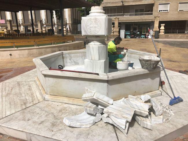 Destrozan la fuente de San Pedro
