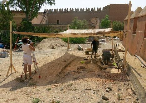 Intervención arqueológica como estudio previo a la solución a las humedades de la Alcazaba