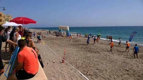 Balerma albergó el Torneo de Fútbol Playa 5x5
