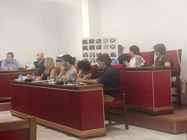 El PSOE exige al equipo de Gobierno del PP un mayor control, la reestructuración y un plan exhaustivo del servicio de limpieza