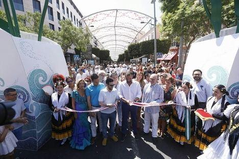 La Feria del Mediodía ofrece un paseo por las tradiciones, gastronomía, música y diversión