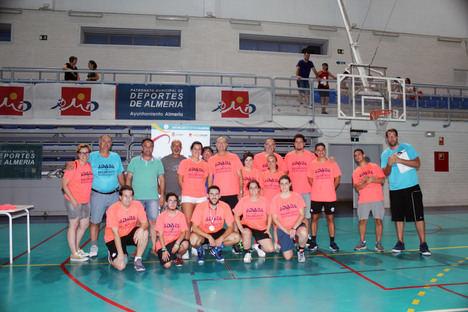 Más de 230 niños y mayores se lo pasan en grande en la Feria con el 'Diverbasket 3 x 3'