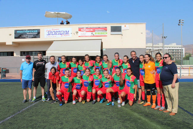 El fútbol femenino marca su primera goleada en el Trofeo de #Almeriaenferia