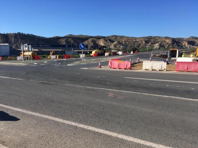 Mejoras en la intersección entre las carreteras A-352 y la A-332, en Cuevas del Almanzora