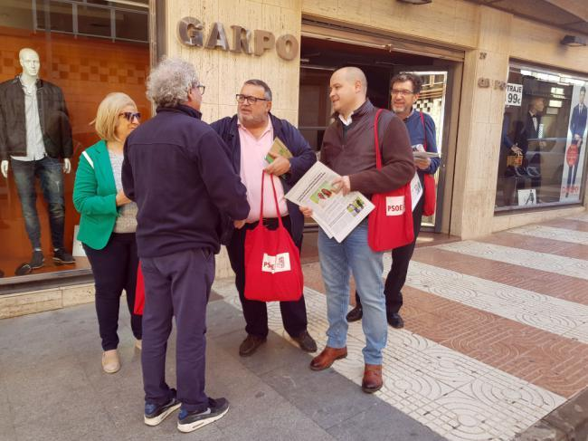 """El PSOE recuerda que la Junta está """"apostando muy fuerte"""" por Roquetas"""