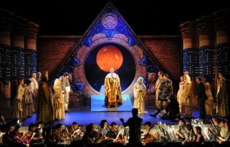 'La Flauta Mágica' de Mozart y la serie 'Stargate' se fusionan este viernes en el Auditorio