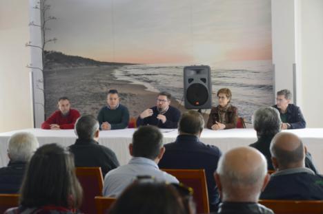 El PSOE recuerda que la Junta ha invertido más de 410 millones de euros esta legislatura en el campo almeriense