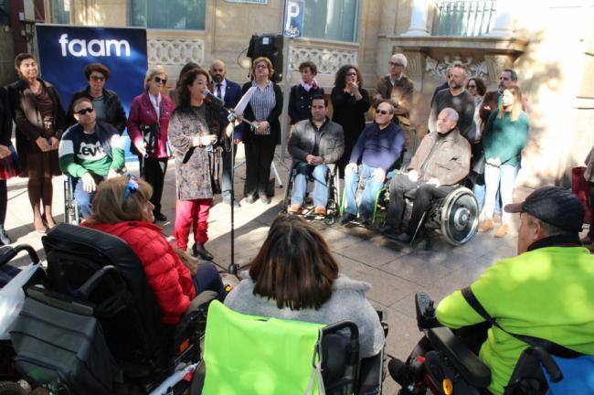 Lectura del manifiesto del Día Internacional de las Personas con Discapacidad