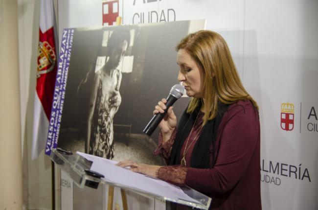 El Museo de Arte 'Doña Pakyta' acoge 'Versos Que Abrazan'