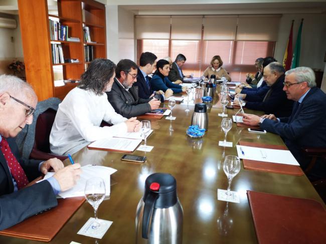 La Autoridad Portuaria reconoce a Cosentino por su apoyo a Maersk y MSC en Almería