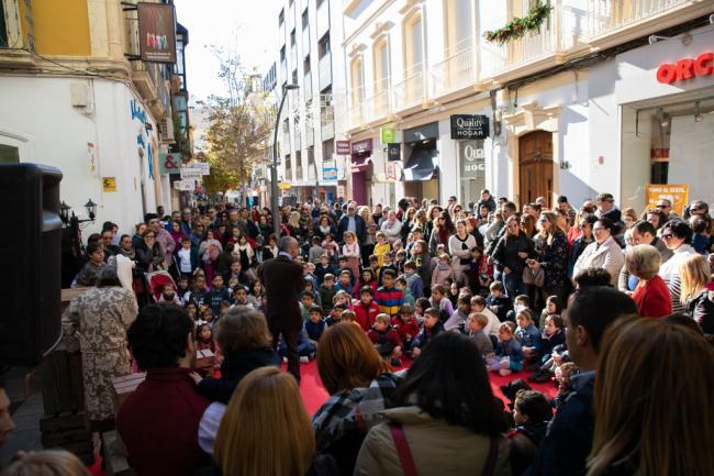 Almería se envuelve en una 'Navidad de Cuento' de Charles Dickens