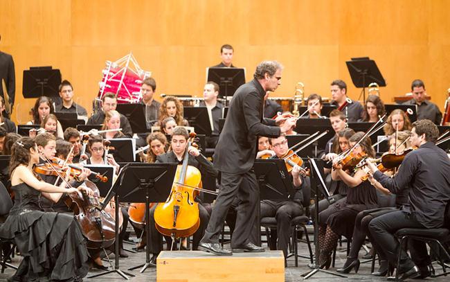 Fundación Barenboim-Said y Orquesta Joven de Andalucía en el Maestro Padilla