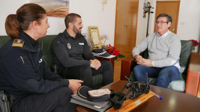 Cortés anuncia nuevos agentes de Policía Local de Adra en 2019