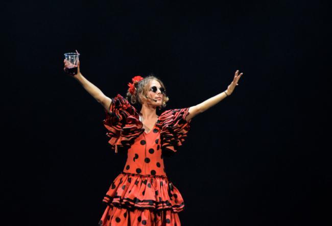 'Spain Is Different' del Aula de Teatro de la UAL a beneficio de Proactiva Open Arms