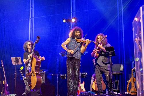 Ara Malikian hace soñar con su violín y talento a los almerienses