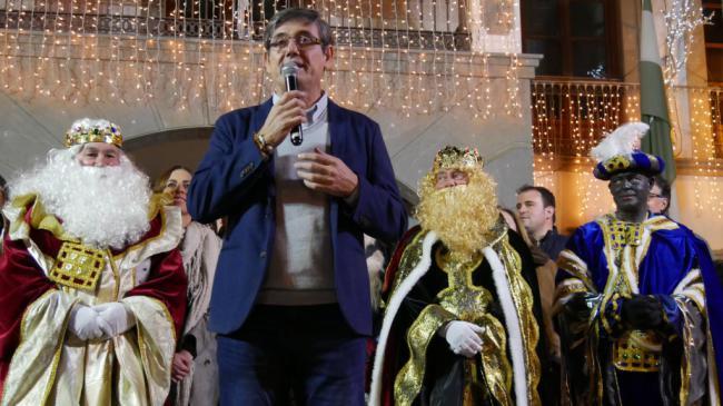 Emoción en la llegada de los Reyes Magos a Adra