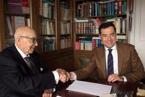 Moreno mantiene un encuentro con Clavero Arévalo