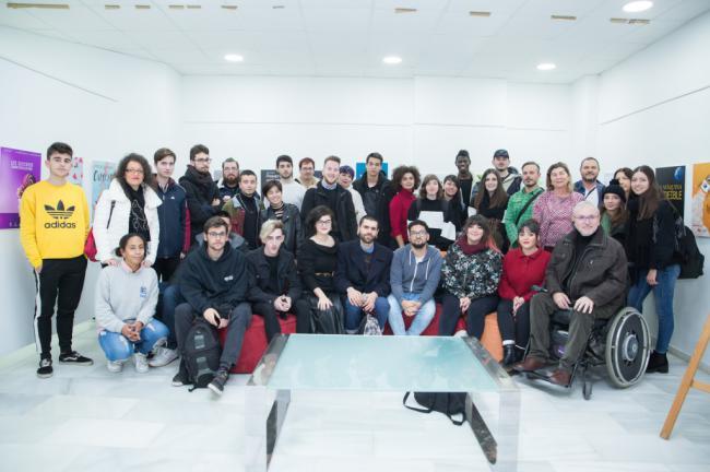 Inclusión y creatividad en la exposición 'Carteles para un Gallo Pedro'