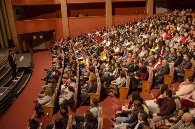 Dani Martínez provoca las risas entre el público que llenó el Auditorio