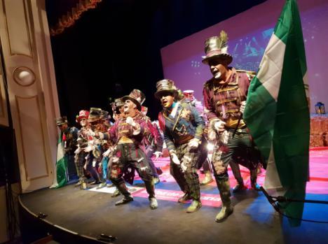 Un Apolo con entradas agotadas se vuelve a rendir al poder de la copla de Carnaval