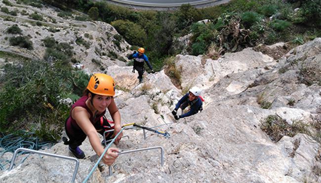 El PMD abre la inscripción para una nueva ruta de vía ferrata por el Barranco de Carcauz