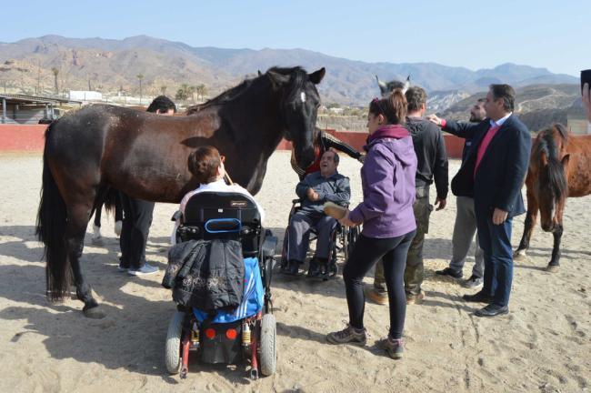 El programa de hipoterapia del PMD dirigido a los niños con discapacidad cumple 19 años