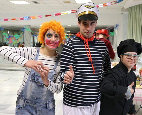 La Asociación Síndrome de Down celebra el Carnaval en el Círculo Cultural y Recreativo de El Ejido