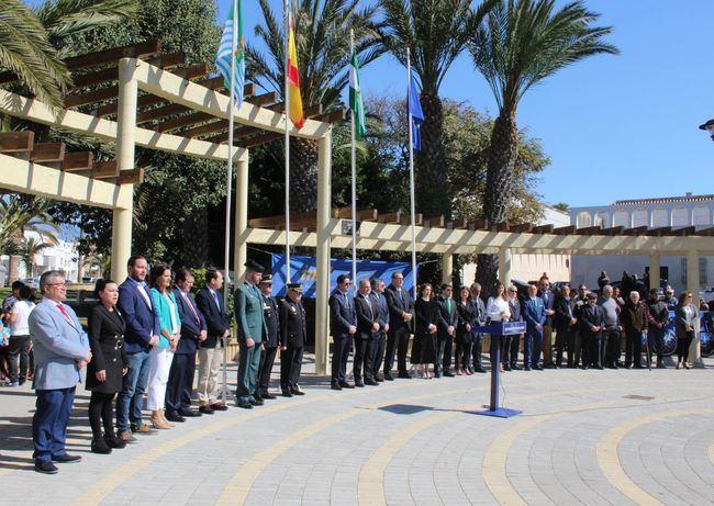 El alcalde de El Ejido señala en el 28-F que la agenda política de Andalucía debe priorizar temas como agua