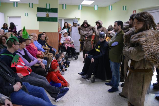 El Carnaval Solidario llena de alegría y letras inclusivas la sede de Verdiblanca