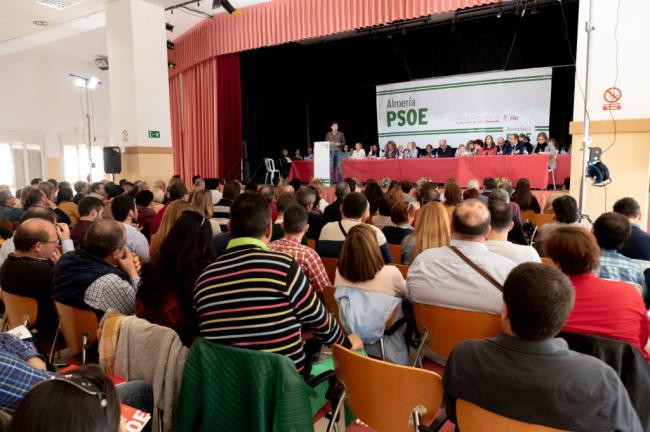 La dirección provincial del PSOE impone a Guirao de número uno al Congreso contra el criterio de la militancia