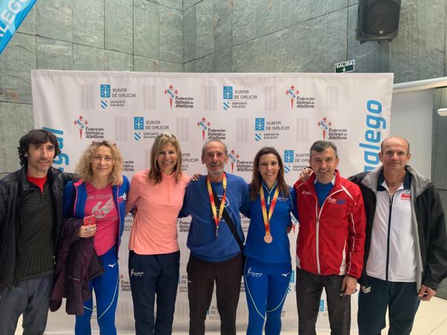 Atletas almerienses logran seis medallas en el Campeonato España Máster Indoor
