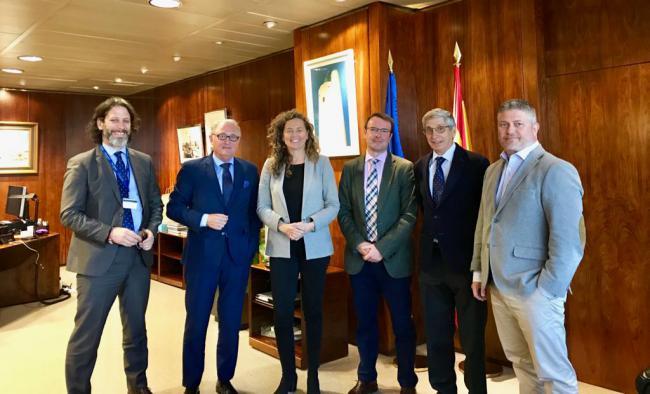 Caicedo y la presidenta de Puertos del Estado nalizan proyectos en Almería