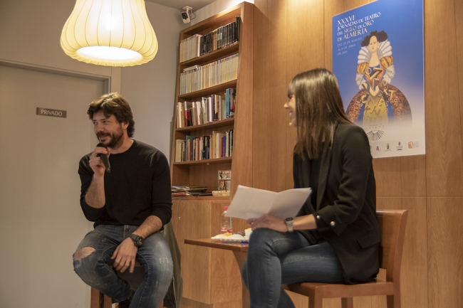 """""""No podemos ofrecer a los jóvenes un teatro clásico aburrido"""", afirma Álvaro Morte"""